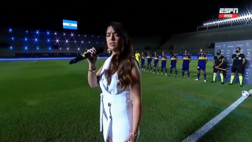 La tandilense Ángela Leiva cantó el Himno en la final del futbol argentino